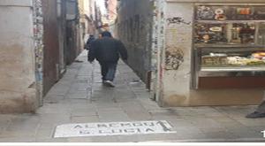 荷物預かりヴェネツィア駅